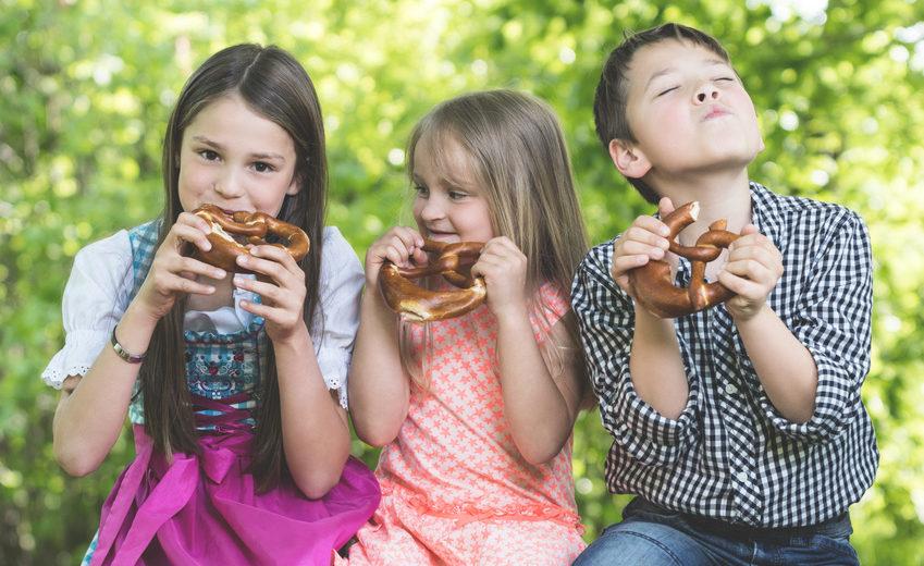 Zdrowe odżywianie podczas wakacji - jak kontrolować dietę dzieci?