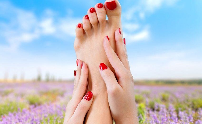 Piekace stopy jak dbac podczas upalow