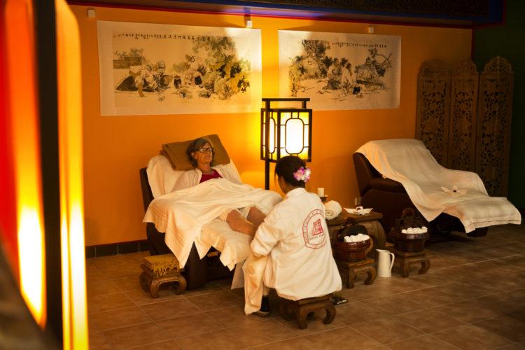 medytacja i relaks w salonie
