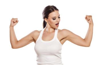 Obwisłe ramiona - jak je zwalczyć?