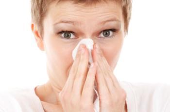 Pylenie roślin - poradnik alergika