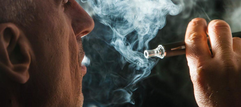 papierosy dym_PAP